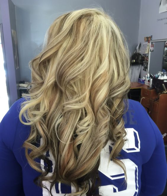 Golden blonde hair, heavy light blonde highlight, with ...