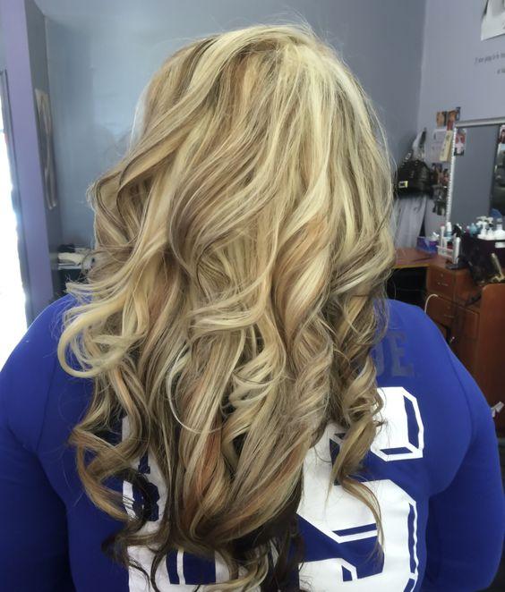 Golden blonde hair, heavy light blonde highlight, with ...