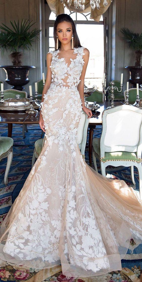 Sleeveless sweetheart neckline 3dfloral applique heavy embellishment nude tulle skirt mermaid wedding dress charming back