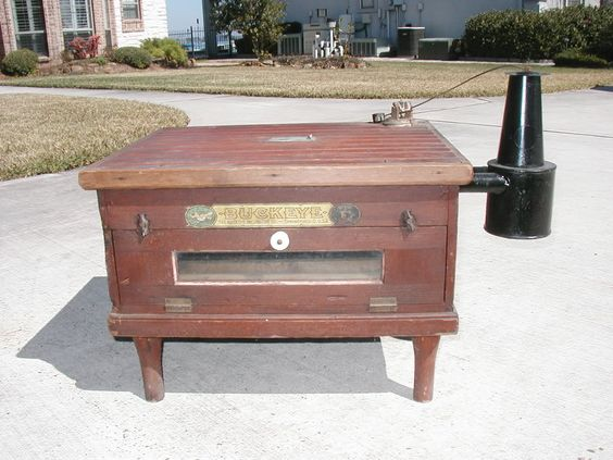 Antique Buckeye Incubator