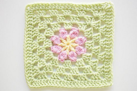 Crochet Patterns J Hook : Pattern: Square 53 from Leisure Arts 99 Granny Squares to Crochet Hook ...