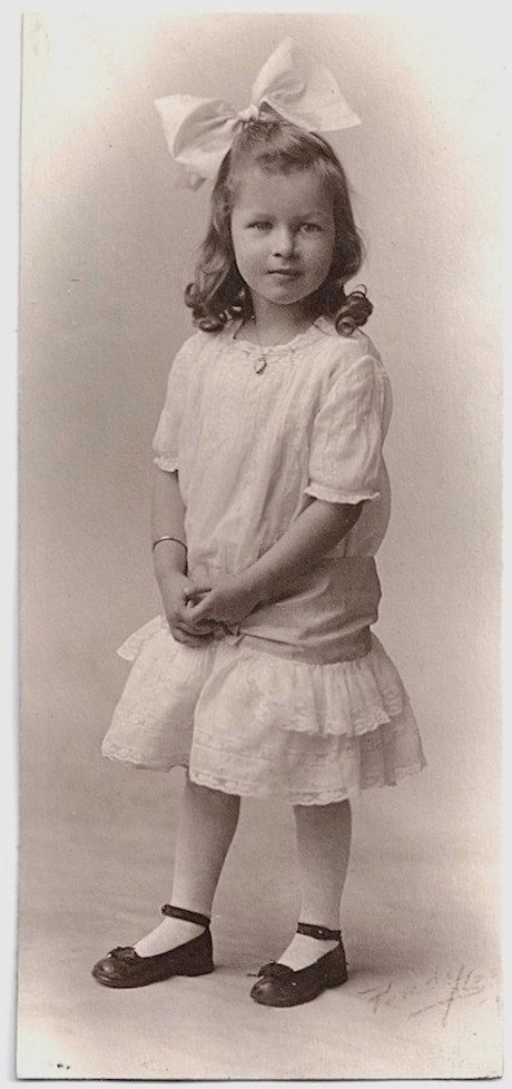 Old Photos White Dress And Bow Jewelry On Pinterest