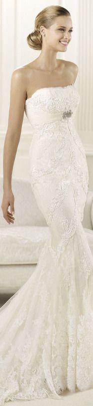 Romantic wedding gown.
