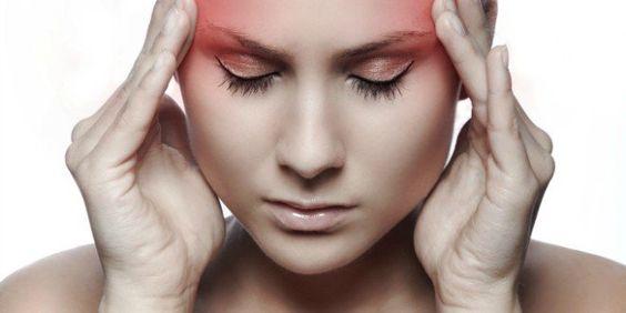 Para eliminar uma dor de cabeça lancinante ou a sensação de peso que oprime os olhos tornando-os can...