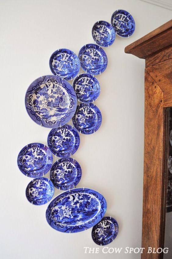 Blue Willow China Swoosh #BlueWillowChina #DiningRoom #DIY