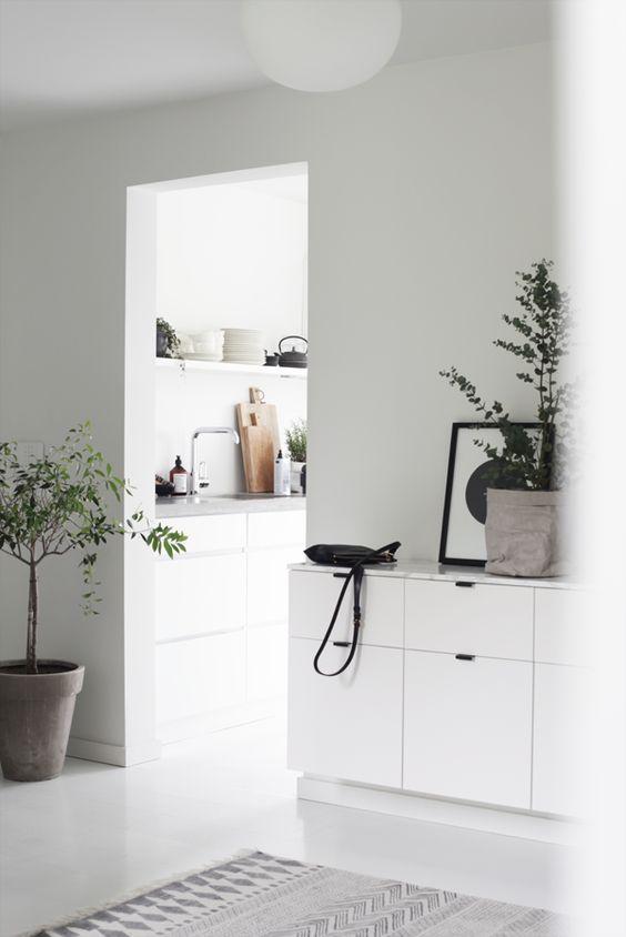 DEKORER MED GRØNT.  minimal, minimalism, minimalist, home decor, interior, home inspo
