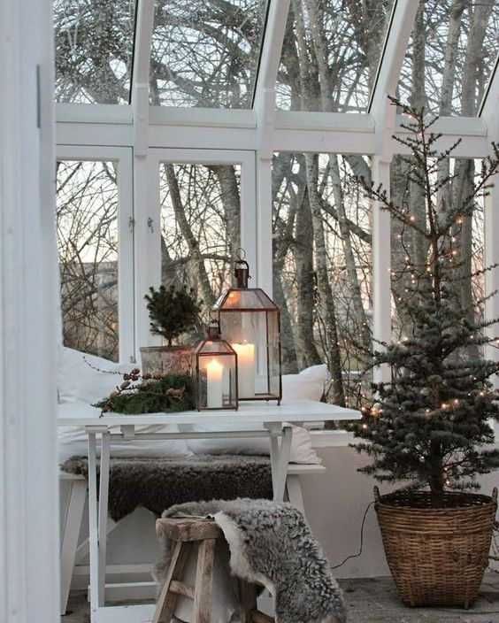 peaceful view at Christmas.