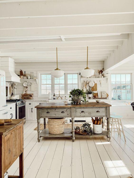 キッチン 床 西海岸 カリフォルニア インテリア ホワイト フローリング コーディネート例
