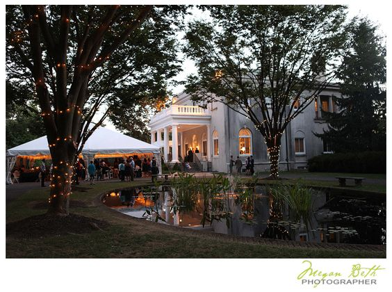 Another Gorgeous Maryland Wedding At The Strong Mansion On Sugarloaf Mountain In Frederick There S No Place Like Home Pinterest