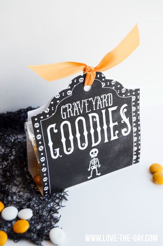FREE Halloween Tag: Graveyard Goodies by MichaelsMakers Love The Day