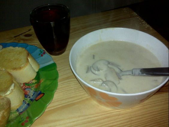 Easy mushroom soup!