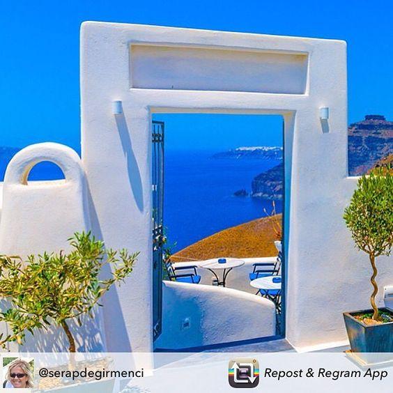 Tüm güzelliklere açılan bir kapı olsun...Kalimera... Santorini... Greece... Tüm Yunanistan ve Yunan Adaları Turları İçin Tek Adres http://bit.ly/1g0MMi4 #Santorini #greece #yunanistan #seyahat #tatil #travel #traveling #tamgorturizmyunanistan #TFLers #vcation #visiting #instatravel #instago #instagood #trip #holiday #photooftheday #fun #travelling #tourism #tourist #instapassport #instatraveling #mytravelgram #travelgram #door #yunanadaları #yunanadalariturlari #yunanistanbalayı…