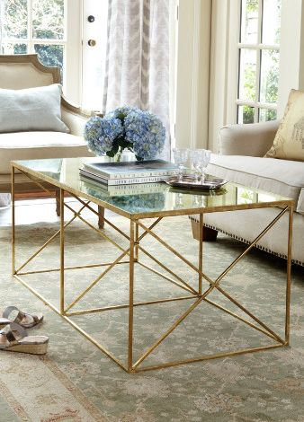 Loving the clean lines on this coffee table.