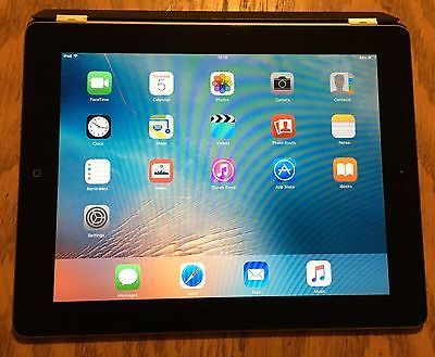 Apple iPad 2 - 32 Gb WiFi only with bundle of cover and cables https://t.co/603NkgOR5S https://t.co/dOOqh2f4ik