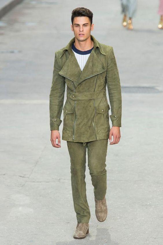 +++ Chanel + Spring / Summer 2015 + PFW +++ #Chanel #Protest #StreetStyle  #KarlLagerfeld  #BoulevardChanel #FreeFreedom #Cara #Gisele #Kendall #WhatDoWeWant #SpringSummer #2015 #summer #Paris #pfw #fashion #moda#Mode #isazatips