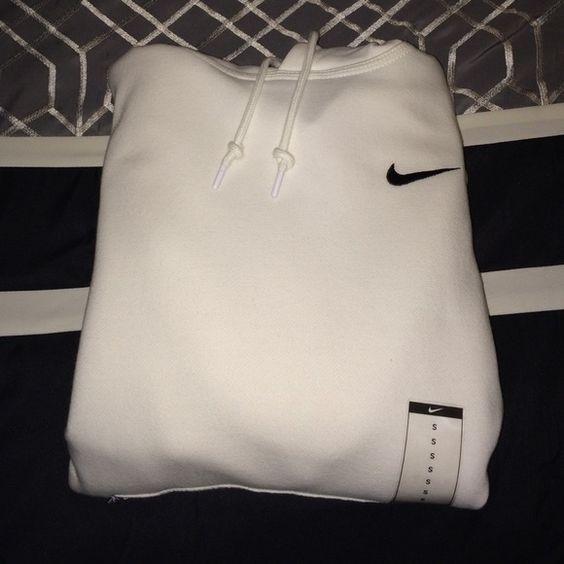 all white nike hoodie