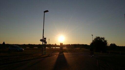 Was der Tag wohl bringen mag? Guten Morgen vom #Morgenlauf, bei frischen 6° C. https://t.co/wghGSjbXhi