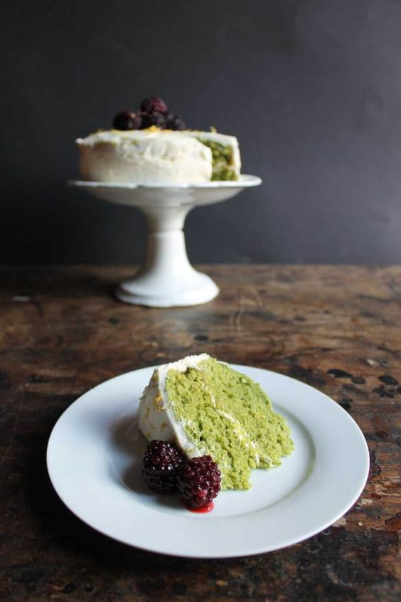 Lemon and Stinging Nettle Cake with Lemon Icing and Blackberries | Veggie Desserts Blog Yes, a stinging nettle cake! Boiling the nettles gets rid of the sting, and this cake tastes very spring-like as the flavour of the nettles fades away beneath the zesty lemon.