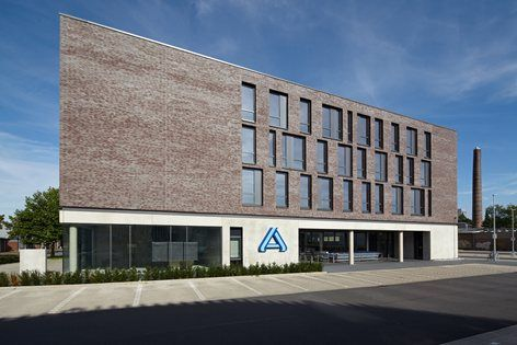 Office Building with Super Market, Bielefeld, 2015 - Architekten Wannenmacher + Möller GmbH