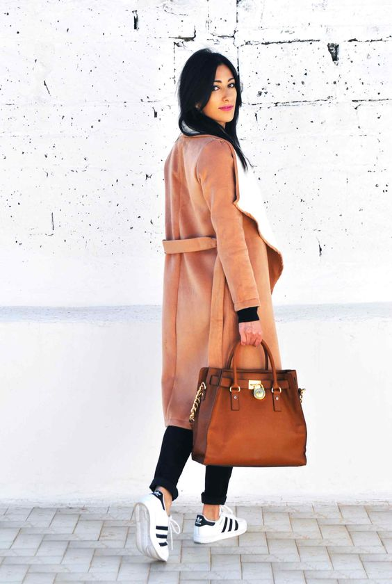 Cappotto cammello, camel coat, adidas superstar, michael hors hamilton, tendenze, trend, moda outfit 2016, spring, ootd, look, moda 2016, fashion, trend chic - outfit fashion blogger Heels Allure by Marianna Farese: