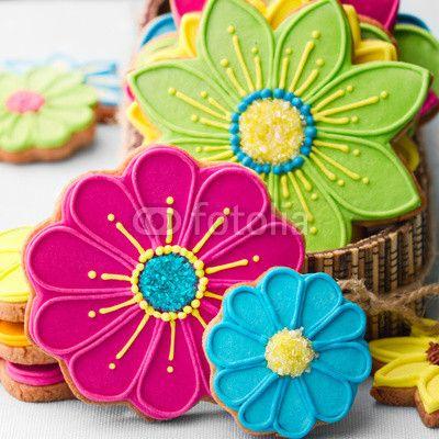 Flower cookies for summer