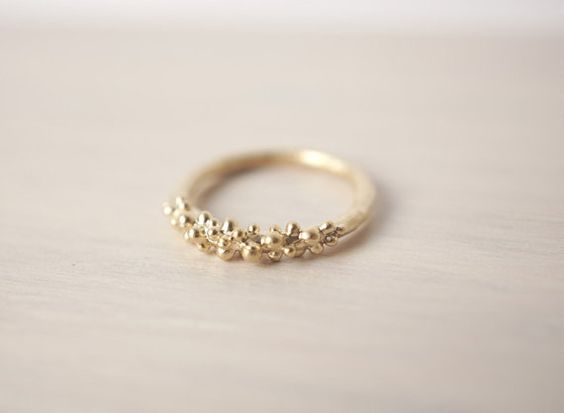 Gold Baubles Ring...dammit for my huge fingers or this would be mine!