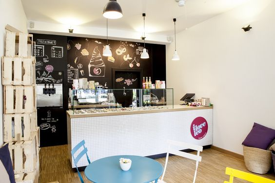 Frozen Yogurt - Shop - Interior Design - Hohenzollernplatz