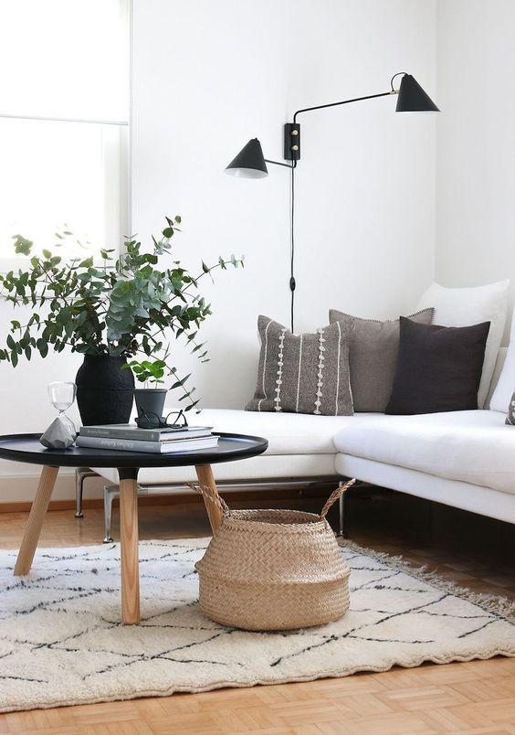 35 Beautiful Lighting In Scandinavian Rooms Including Floor Lamps In 2020 Living Room Scandinavian Scandinavian Design Living Room Minimalist Home Interior