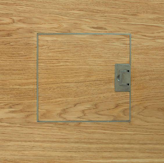 Flush mount hardwood floor electrical outlet gurus floor for Wood floor outlet