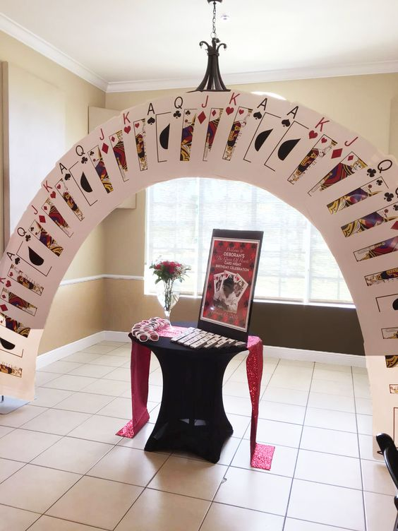 Cards poker vegas style party decor vegas birthday for Decoration poker