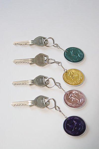 http://www.cadecga.com/category/Nespresso/ Nespresso Key Chains :) Reusing Nespresso capsules | ecogreenlove