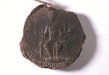 Sigillo in cera 85 mm della pergamena 13 febbraio 1240. Intorno al campo la legenda recita: [FRIDERICUS D(e) I GR(ati) A IMPE]RATOR ROMANOR(um)[SE]MP(er) AUGUST[US]. Al centro del campo affiancano il trono i due termini: REX IH(e) R(usa) L(e) M. Cagli, Archivio Storico Comunale - Wikipedia