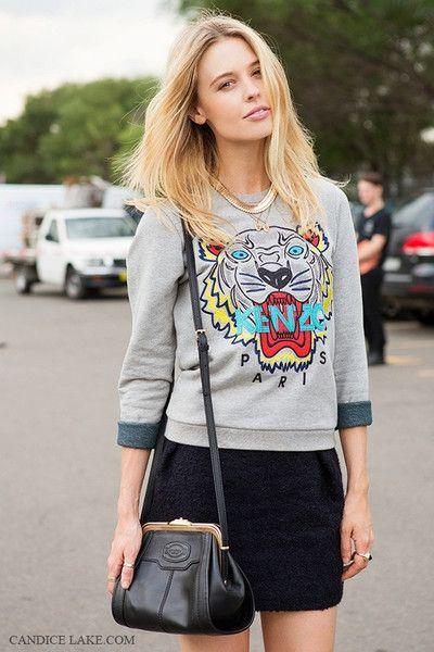 Αποτέλεσμα εικόνας για sweatshirt with skirt street style