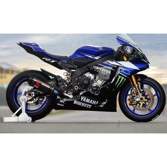 "SALE SALE SALE SALE USE COUPON CODE ""YZF10%"" DURING CHECKOUT TO GET 10% OFF ANY #YAMAHA FULL SET OF #FAIRINGS!  CHECKOUT AT THE WEBSITE AND WE HAVE LOTS OF NEW DESIGNS FOR YOU AS WELL!  WWW.ALLRIGHTPARTS.COM  INDIVIDUAL PARTS CAN BE ORDERED THROUGHT EMAIL OR PHONE ☎️ 386-256-9080 allrightparts@gmail.com @all_right_parts @all_right_parts"