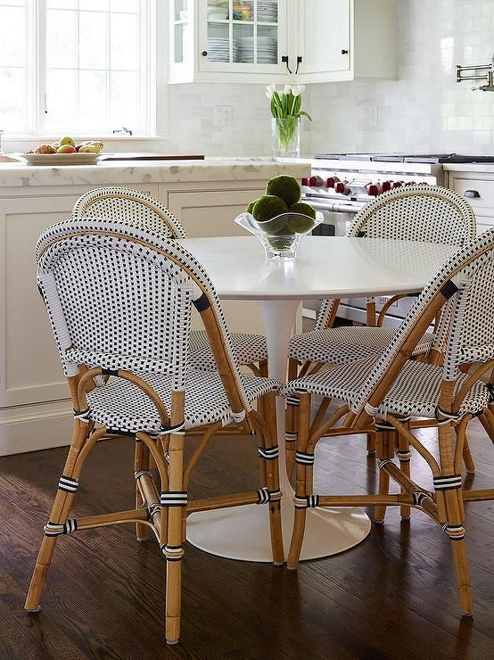 Marble Saarinen Dining Table With French Bistro Chairs Transitional Kitchen Dining Table Marble Bistro Chairs Bistro Chairs Kitchen