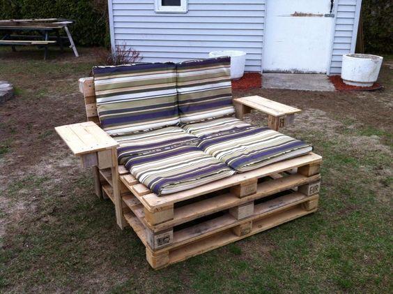 Sof cama con palets ideas para casa pinterest for Sofa cama de madera reciclada