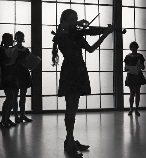 Max Dupain - Violinist rehearsing at the Methodist Ladies' College in Burwood, Sydney, 1971