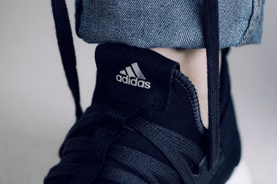 adidas 全新 PureBOOST RAW 正式上架