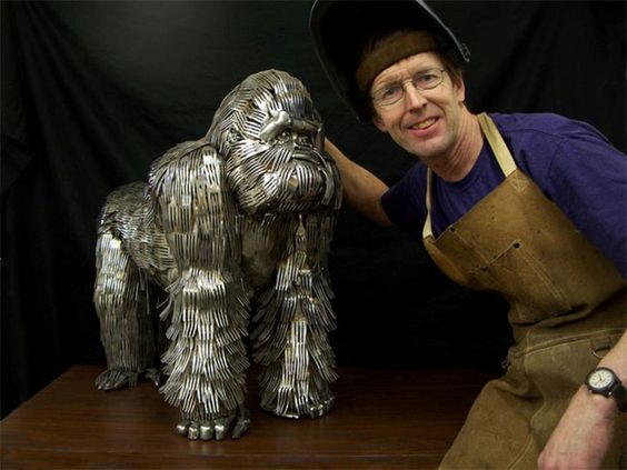 Animal sculptures made of knife, fork and spoon. Artist:  Gary Hovey, Ohio
