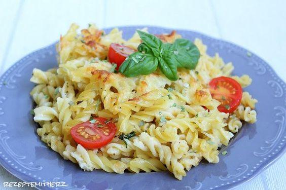 http://rezeptemitherz.blogspot.de/2016/05/tomaten-mascarpone-pasta-auflauf.html