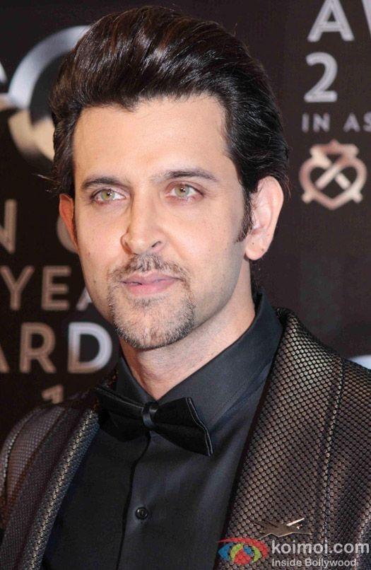 Pin By Surajit Kumar On Handsome In Beard Hrithik Roshan Hairstyle Hrithik Roshan Bollywood Actors