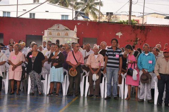 La Alcaldía de Yopal a través del programa Adulto Mayor de la Secretaría de Acción Social, informa que a partir de este 19 de septiembre y hasta el próximo 26 de septiembre se estarán entregando los paquetes nutricionales a 4.400 adultos mayores en 21 puntos del municipio.