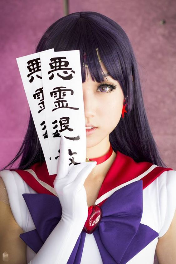 Perfect Sailor Mars Cosplay!  ...Looks like my girl Dukesa actually!