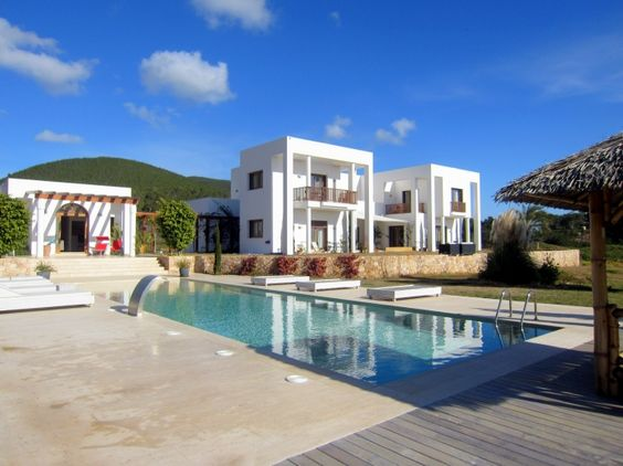CE Real Estate | Gorgeous Rental Villa