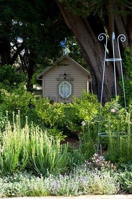 In My House: March 2010 | Garden House/Sheds & Barns | Pinterest | My ...: www.pinterest.com/pin/60517188717634436