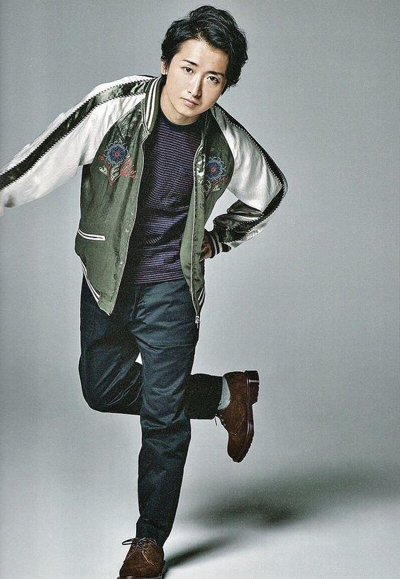 大野智のカジュアルなジャケット