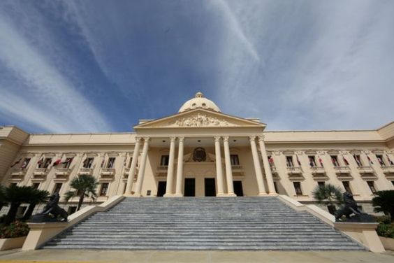 Stanley Roy informa: Crecen rumores de cambios en Gobierno