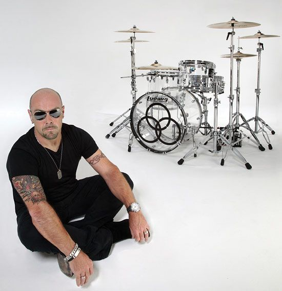 Jason Bonham...the apple didn't fall too far from the tree with this one.