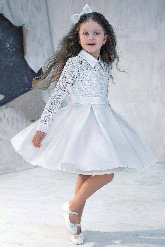 Vintage linda flor vestidos para niñas de manga larga de encaje de cuello alto de raso hasta la rodilla niñas vestido Formal Junior dama de honor dresse en Vestidos de Damita de Honor de Bodas y Eventos en AliExpress.com | Alibaba Group