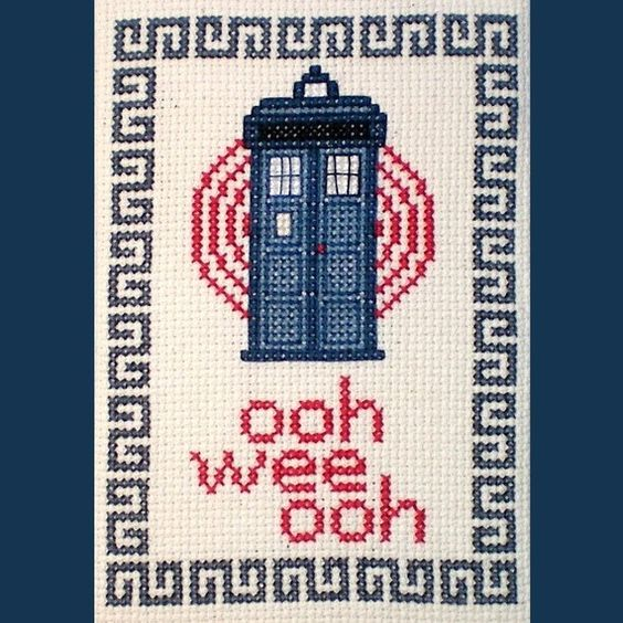 Tardis - Dr Who cross stitch pattern. :) do do doooo de do dooooo weeeeeeeee wwwooooooo!
